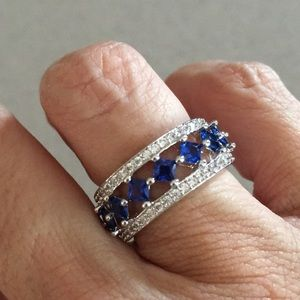 Jewelry - NWT beautiful 1.00 carat spinel ring size 7